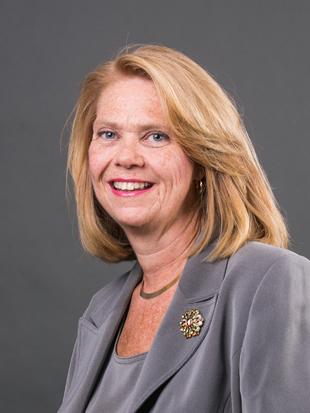 Headshot of Margaret Savidge