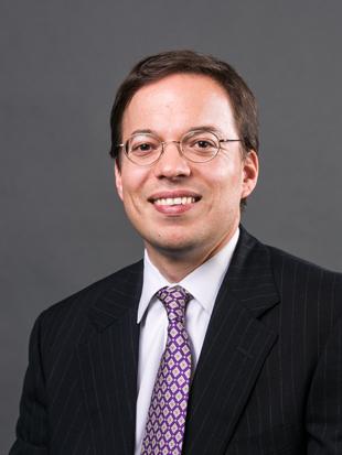 Headshot of Daniel Dorn