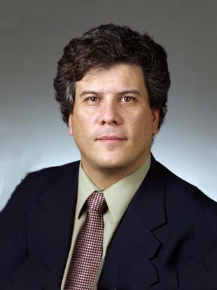 Headshot of Eliezer Fich
