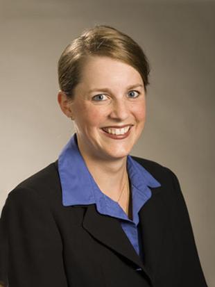 Headshot of Patricia Robak