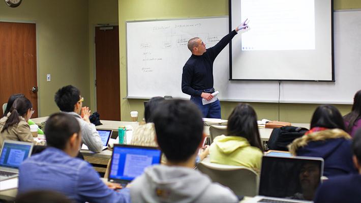 Business analytics teacher