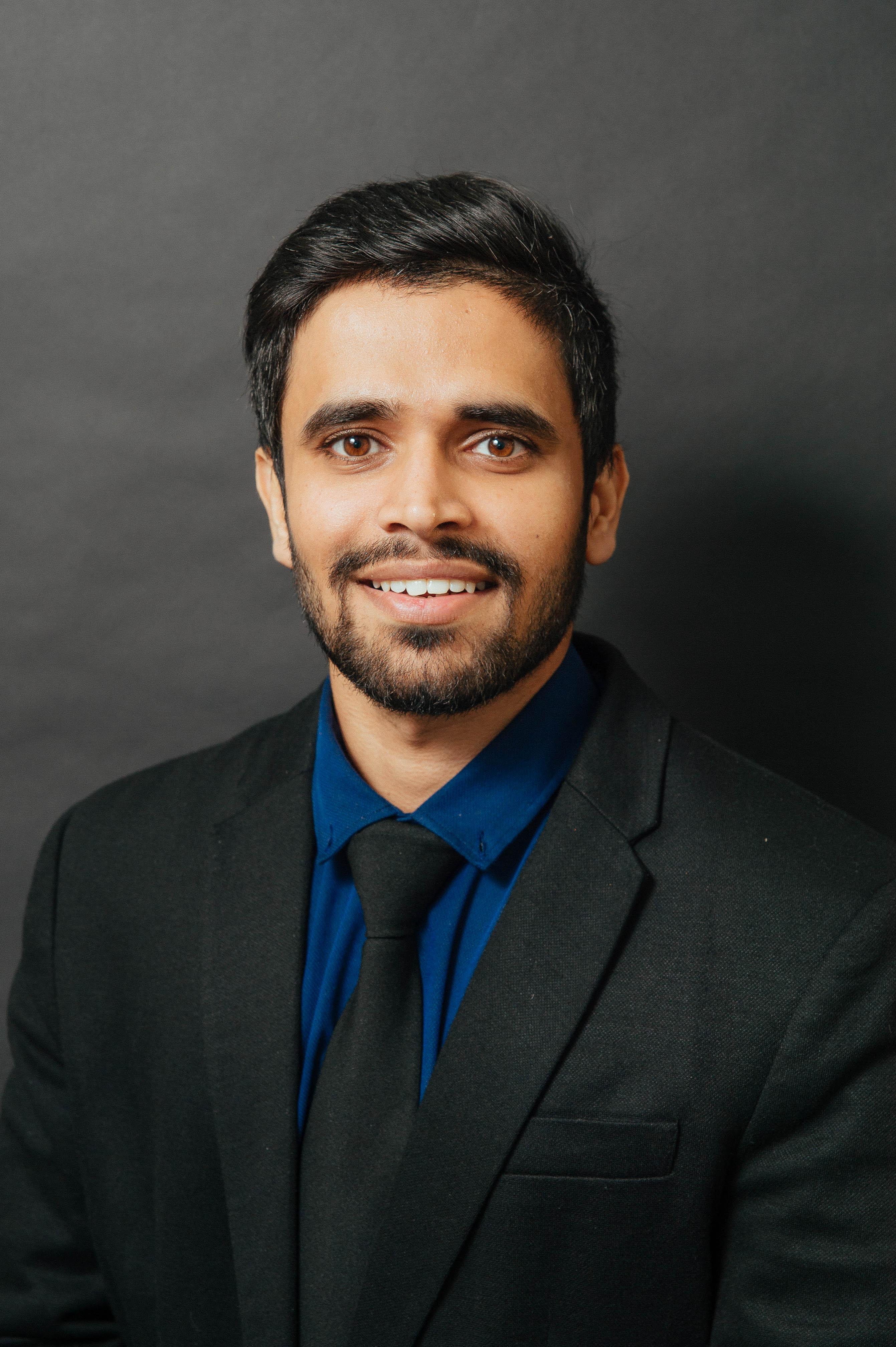 Headshot of Prateik Mahendra