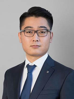 Headshot of Haolong Hou