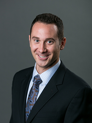 Headshot of Eric Lohwasser
