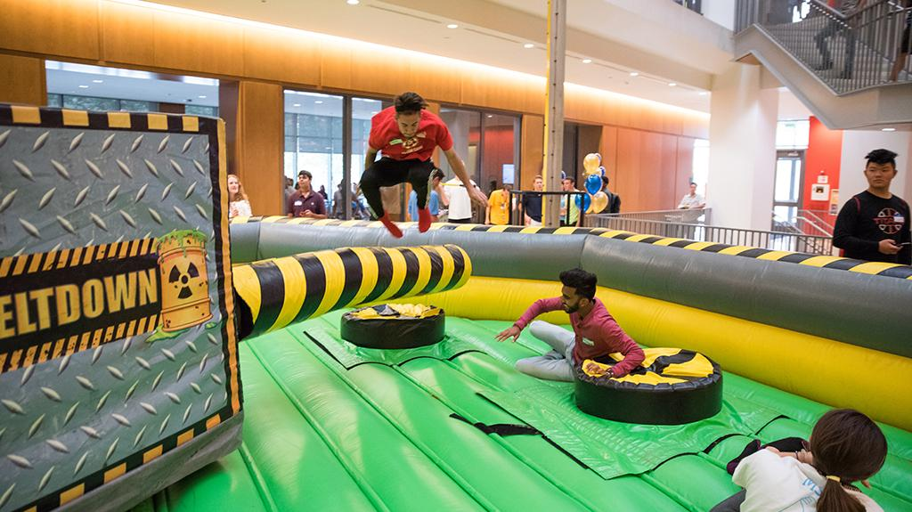 Students play games at LeBow College Day