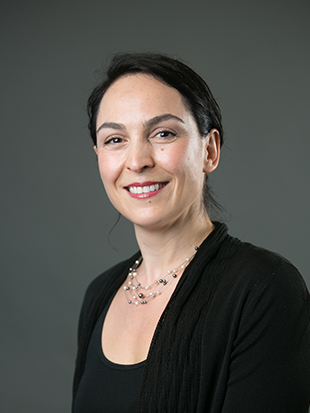 Headshot of Michaela Draganska