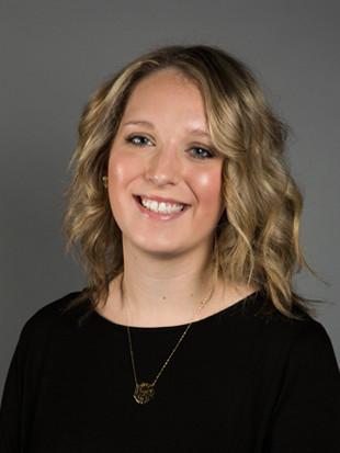 Headshot of Cassidy Moellers