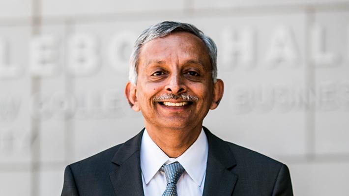 Candid photo of Vadake Narayanan