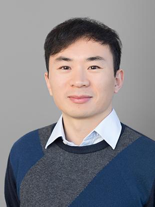 Headshot of Chaojiang Wu