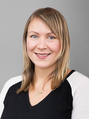 Headshot of Lisa Litzinger-Drayton