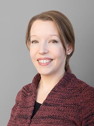Headshot of Wendy van Ginkel