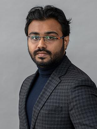 Headshot of Satyaki Mitra