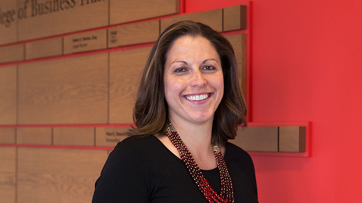 Lauren D'Innocenzo, assistant professor of management